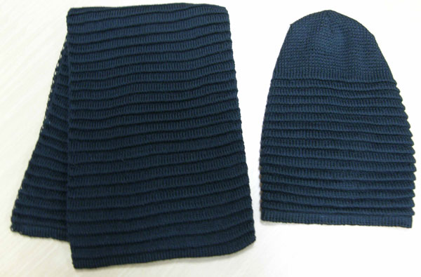 Вязаный шарф, шапка
